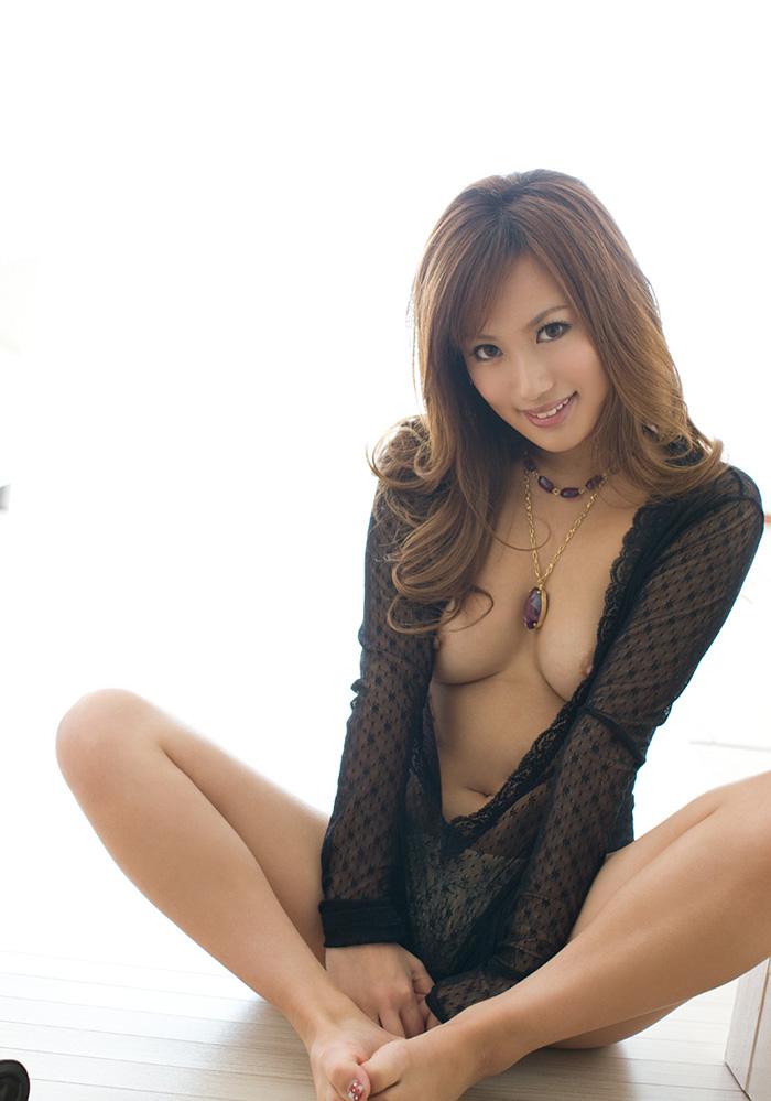 【ヌードエロ画像】美乳美尻な水谷心音のエロボディがシコリティ高杉w(50枚) 48