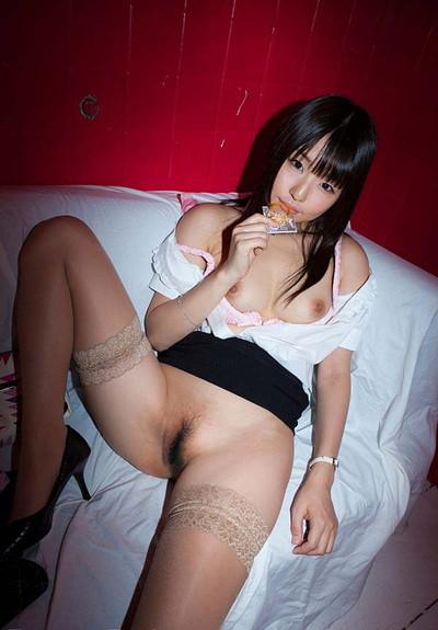 【癒しエロ画像】あどけない顔!キュートな表情!つぼみの美少女系ヌードが激カワw(52枚) 47