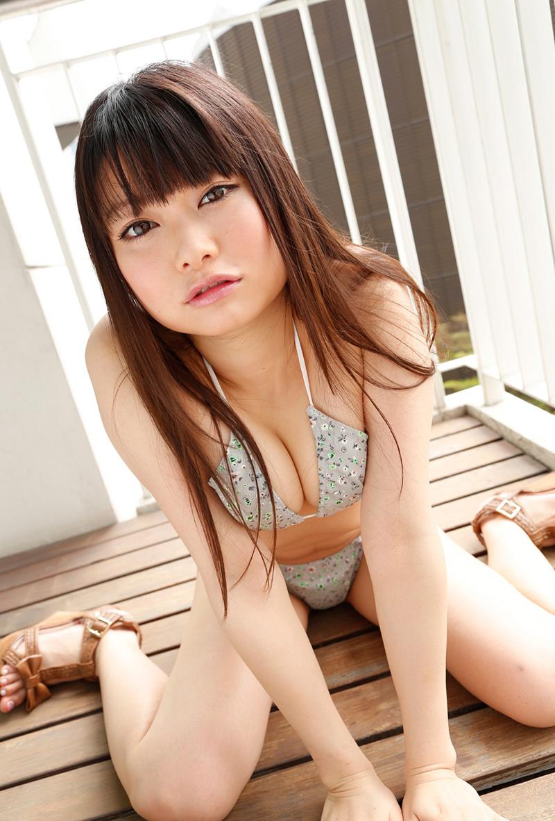 【ヌードエロ画像】なつめ愛莉のセクシーエロ画像!長い手足に美しいボディ!(50枚) 04