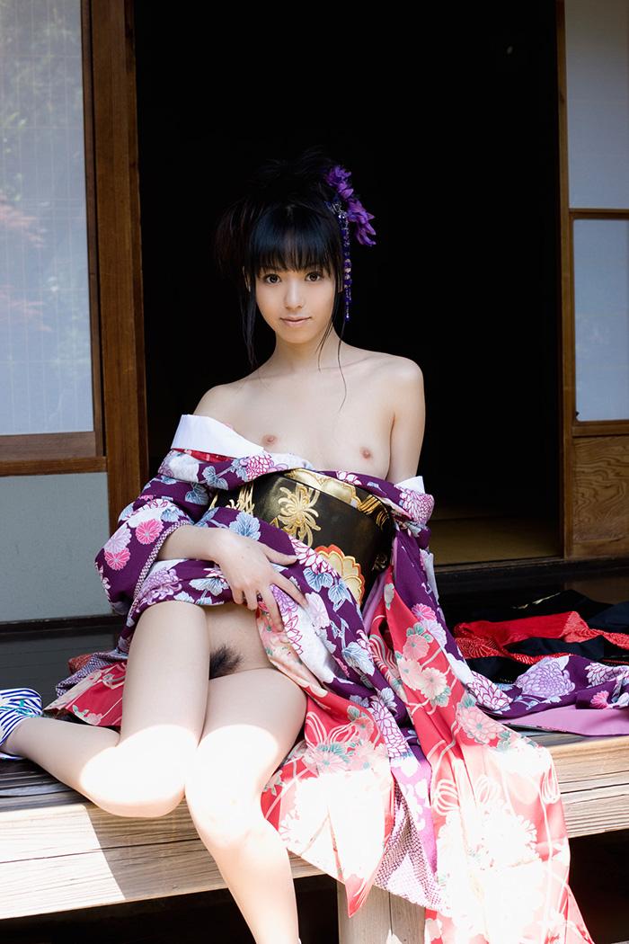 【ヌードエロ画像】華奢なボディが艶めかしい希志あいのの美乳スレンダー画像(52枚) 13