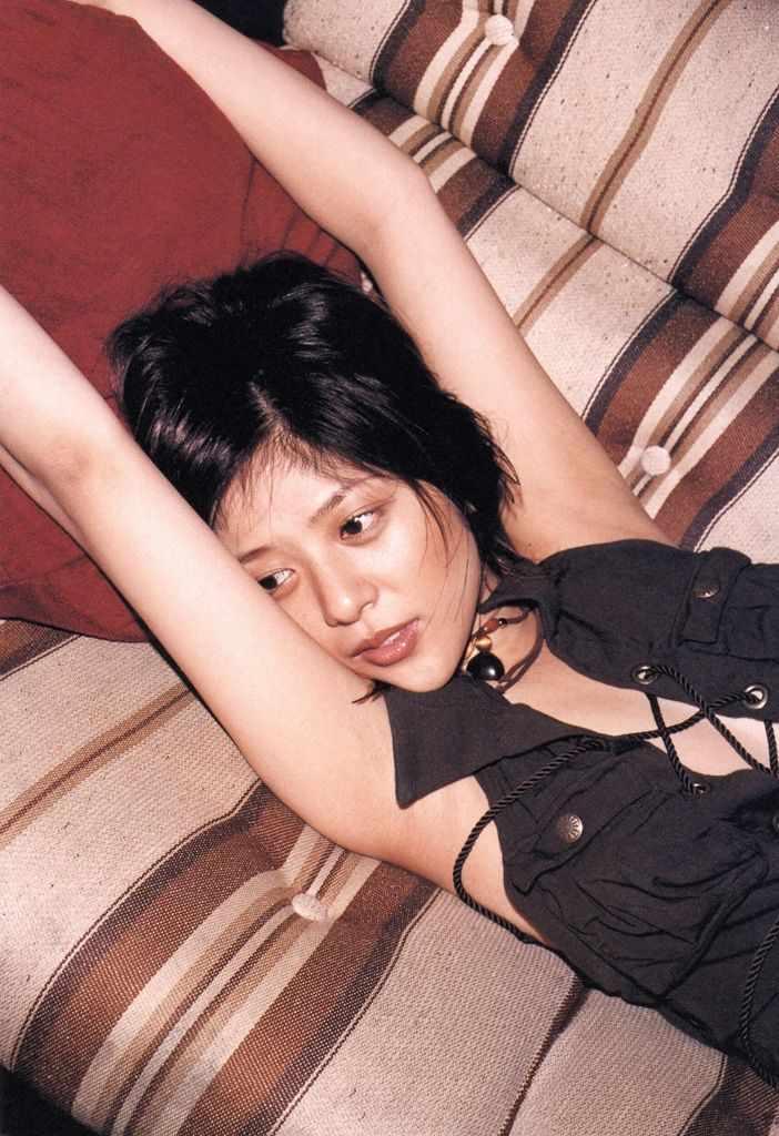 【グラビアエロ画像】今も昔も変わらぬエロさ!白石美帆のセクシー画像!(52枚) 07