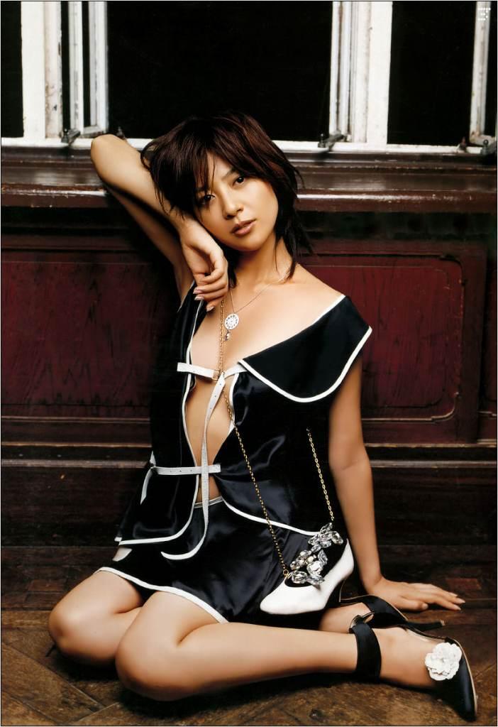 【グラビアエロ画像】今も昔も変わらぬエロさ!白石美帆のセクシー画像!(52枚) 09