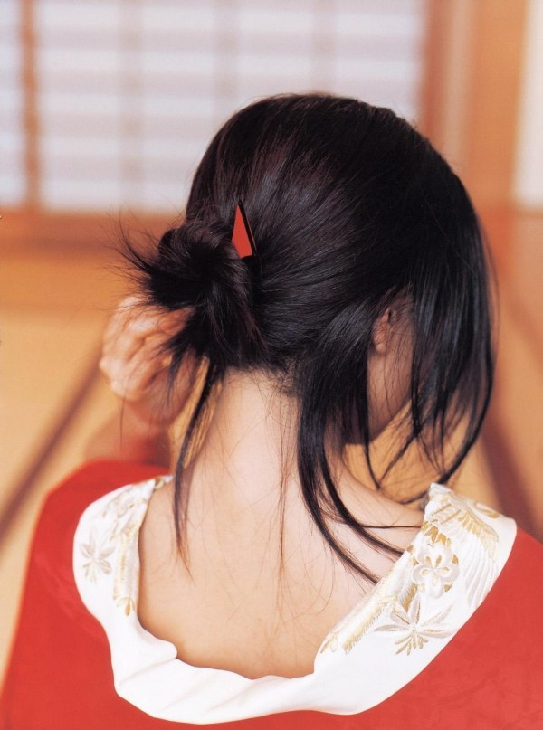 【グラビアエロ画像】今も昔も変わらぬエロさ!白石美帆のセクシー画像!(52枚) 37