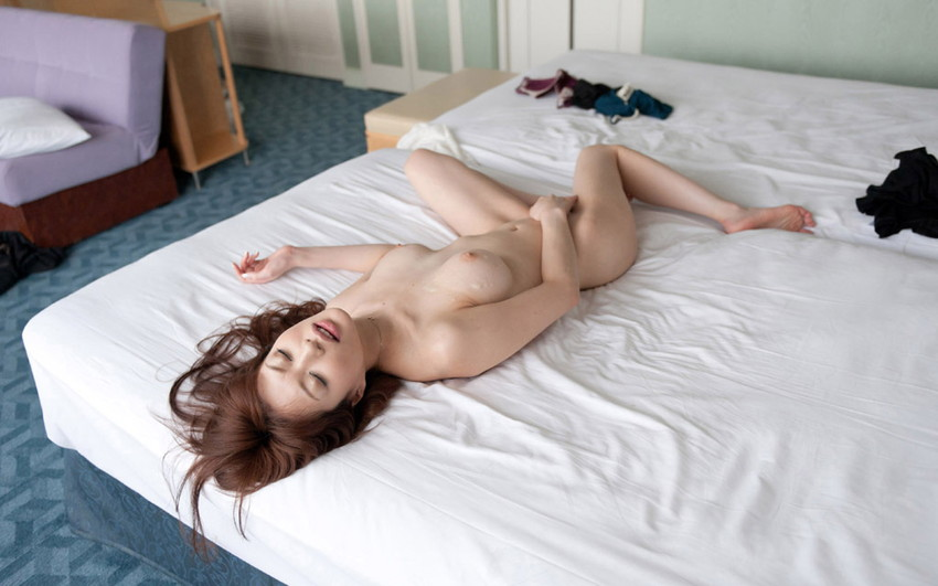 【SEX後エロ画像】セックス終了後の美女たちがエロすぎて2回戦に挑みたくなるw(52枚) 08