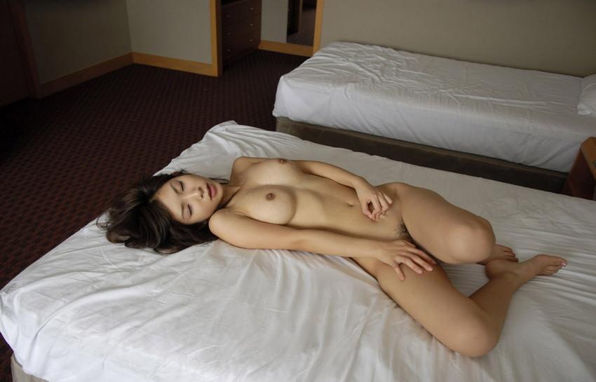 【SEX後エロ画像】セックス終了後の美女たちがエロすぎて2回戦に挑みたくなるw(52枚) 50
