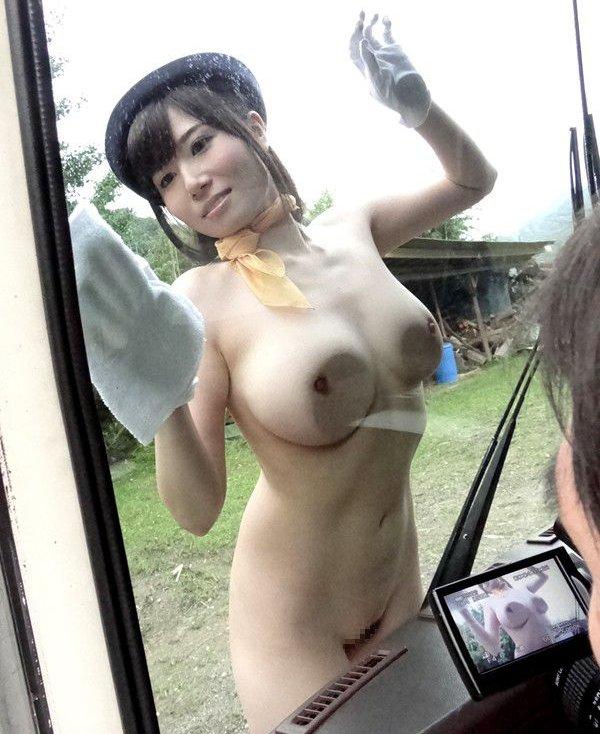 【美爆乳エロ画像】千乃あずみのムッチリボディがテラエロスwww(50枚) 13