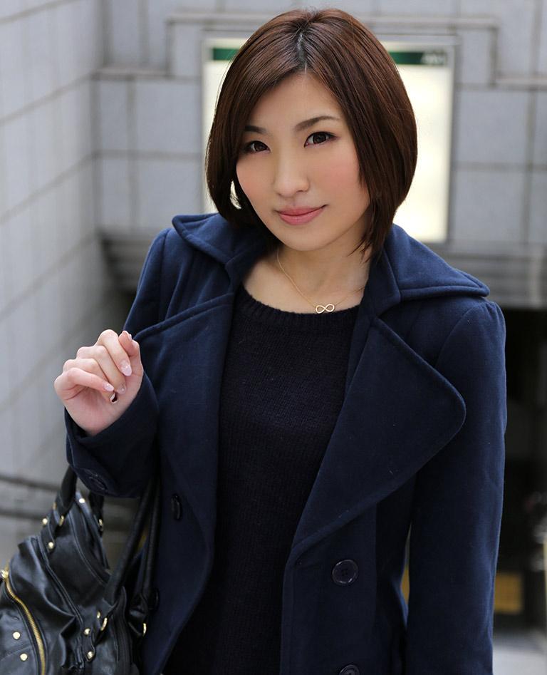 【ヌードエロ画像】ショートヘアが似合う夏希みなみのエロ画像(55枚) 05