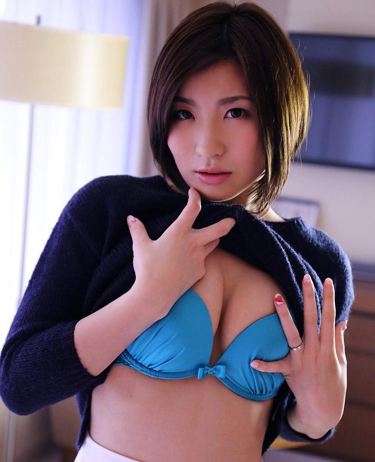 【ヌードエロ画像】ショートヘアが似合う夏希みなみのエロ画像(55枚) 09