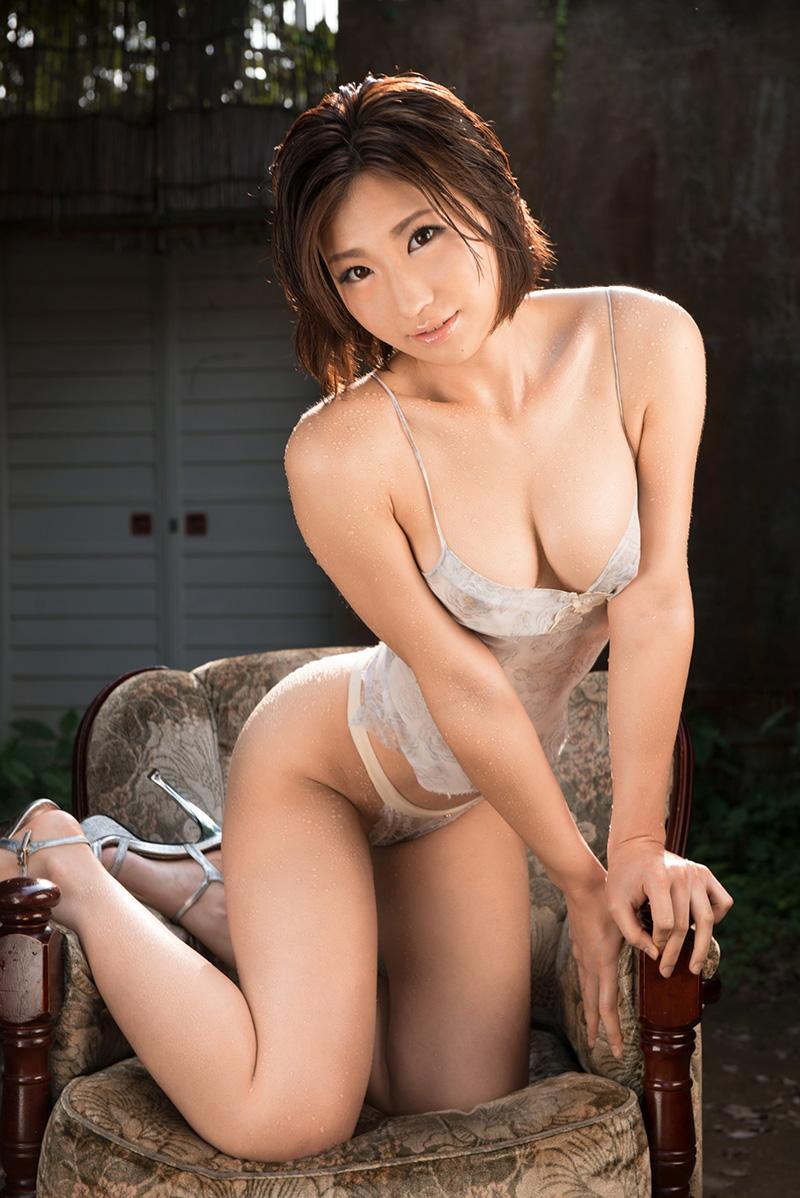 【ヌードエロ画像】ショートヘアが似合う夏希みなみのエロ画像(55枚) 13