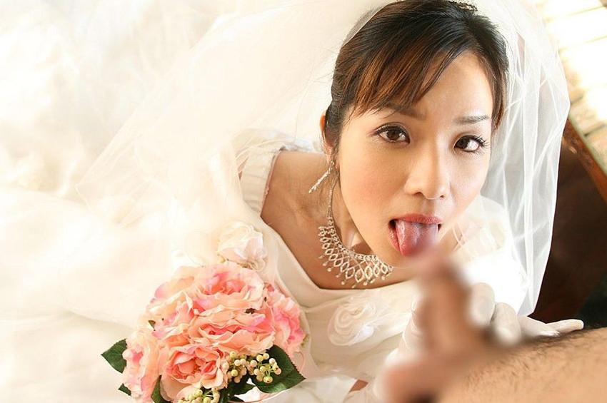 【花嫁エロ画像】美女の乱れたウェディングドレス姿が激エロw(53枚) 20