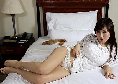 【ヌードエロ画像】美巨乳パーフェクトボディが魅力な北川エリカのエロ画像(55枚)