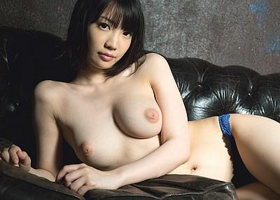 【美少女エロ画像】鈴木心春の最高にイヤらしいエロ画像!(53枚)