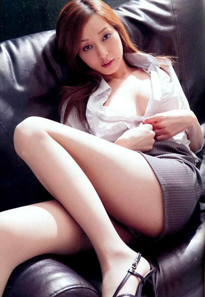 【グラビアエロ画像】口元のほくろにホレボレする池田夏希のセクシーボディw(50枚) 22