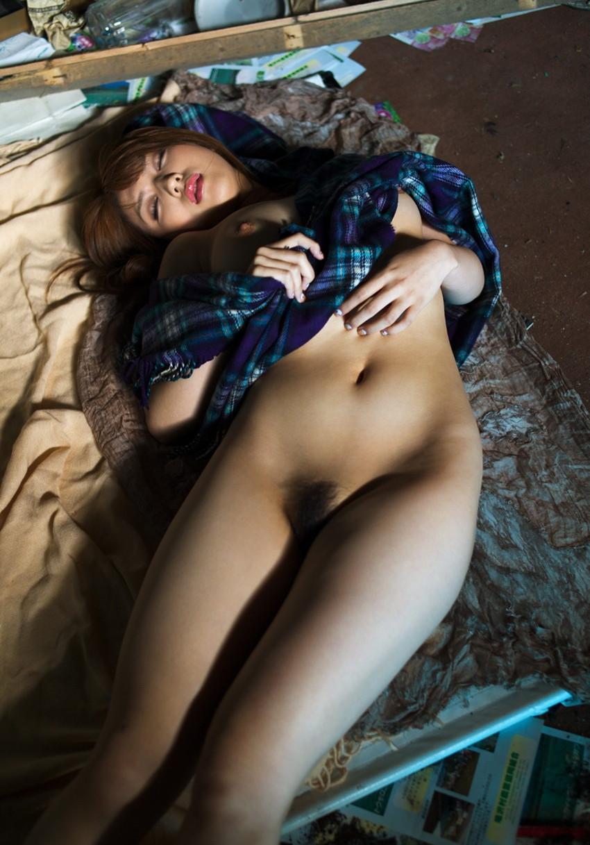 【巨乳女優エロ画像】神咲詩織の大きさも形も色も最高な究極おっぱいヌードw(52枚) 04