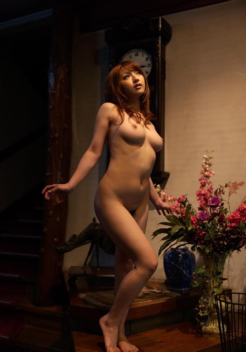 【巨乳女優エロ画像】神咲詩織の大きさも形も色も最高な究極おっぱいヌードw(52枚) 15