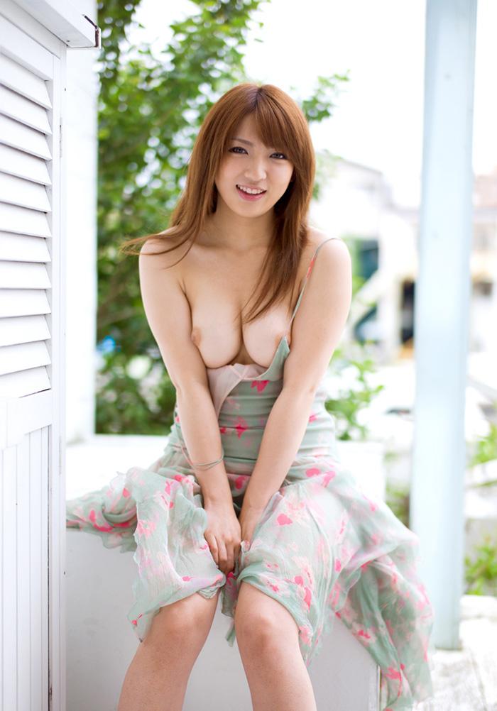 【巨乳女優エロ画像】神咲詩織の大きさも形も色も最高な究極おっぱいヌードw(52枚) 22