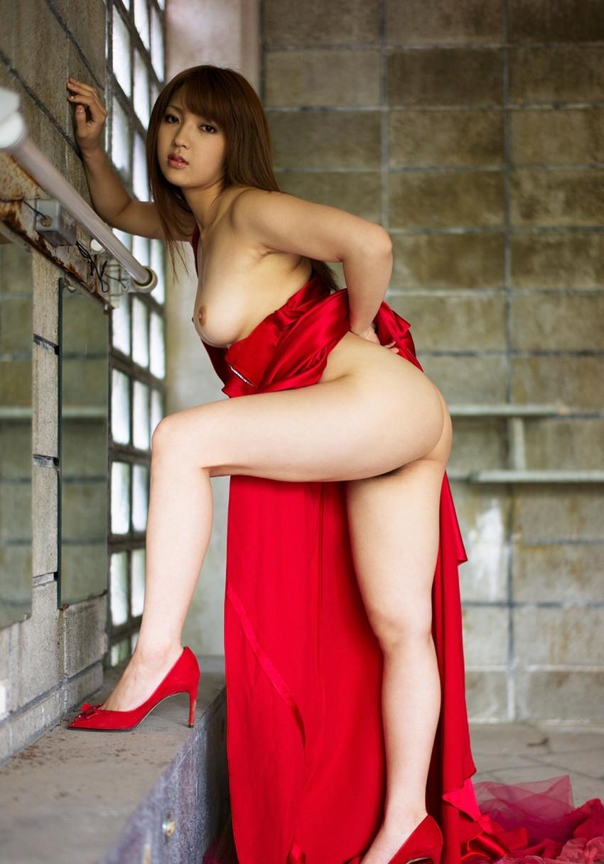 【巨乳女優エロ画像】神咲詩織の大きさも形も色も最高な究極おっぱいヌードw(52枚) 36