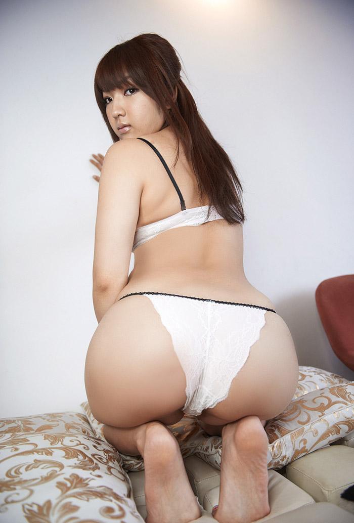 【巨乳女優エロ画像】神咲詩織の大きさも形も色も最高な究極おっぱいヌードw(52枚) 37