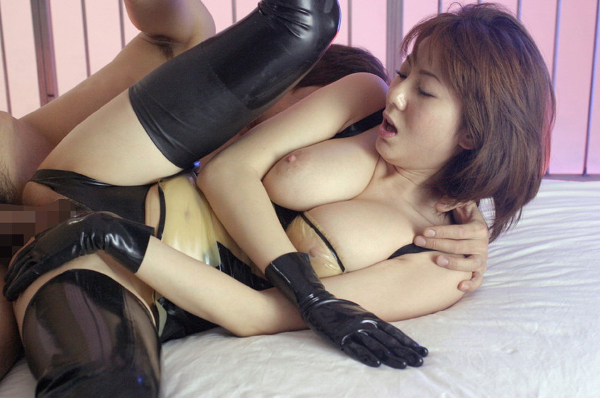 【側位エロ画像】横ハメされている美女は何故こんなにエロいのかwwwwww(52枚) 09