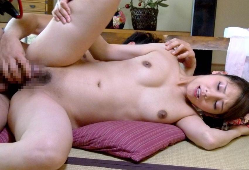 【側位エロ画像】横ハメされている美女は何故こんなにエロいのかwwwwww(52枚) 35