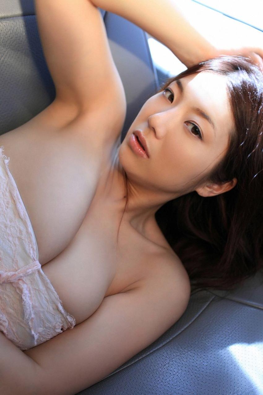 【グラビアエロ画像】相澤仁美のセクシーボディ!おっぱい番長の魅力満載!(55枚) 03