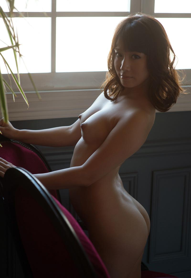 【ヌードエロ画像】初川みなみのエロ画像!清楚美少女が大胆に素肌をさらしますw(51枚) 43