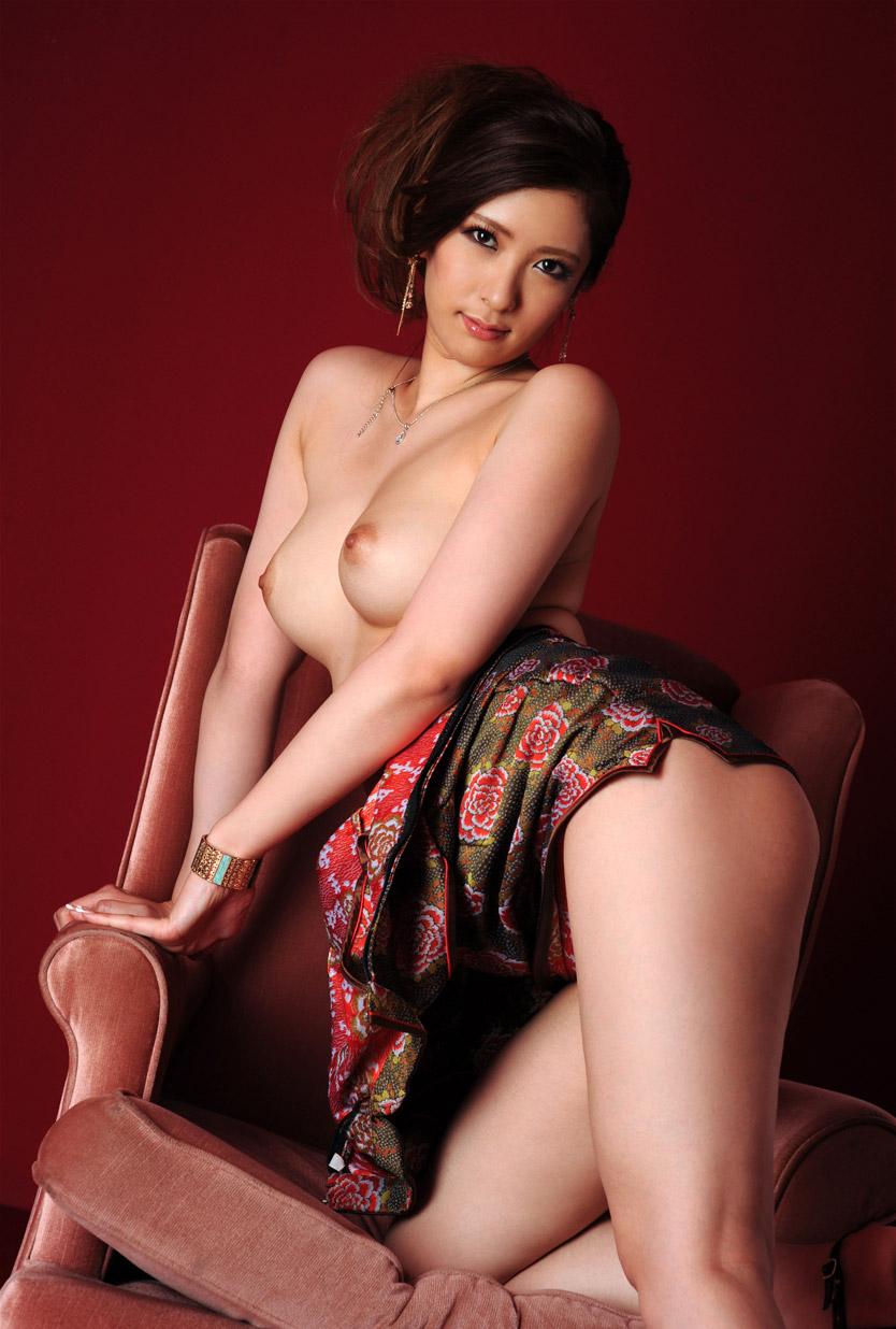 【ヌードエロ画像】春日由衣のグラマラス美乳で妖艶なボディがそそるw(52枚) 28