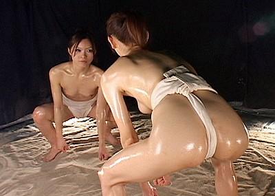 【キャットファイトエロ画像】闘う女は美しい!?キャットファイトでくみつほぐれつw(50枚)