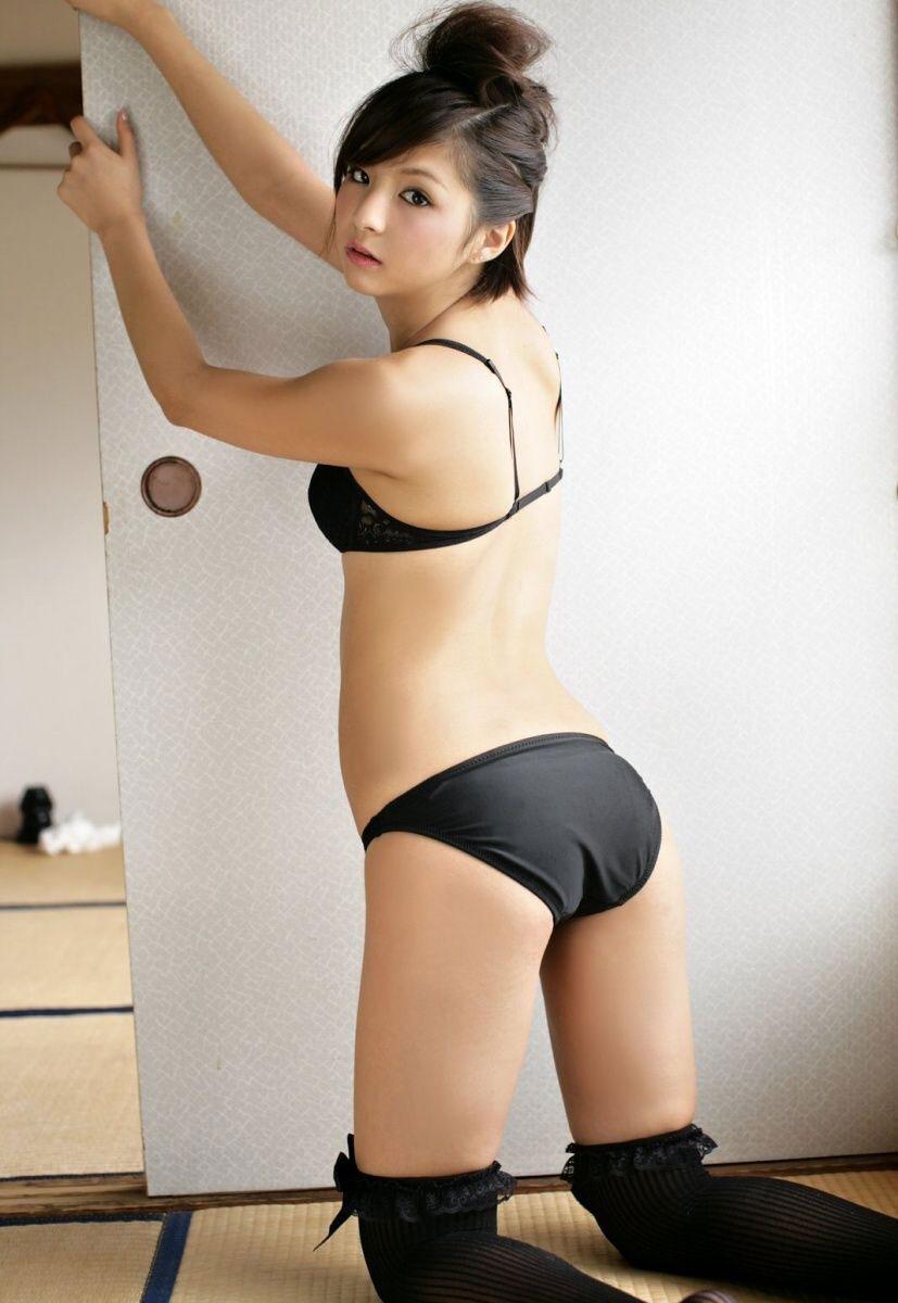 【黒下着エロ画像】美女の黒い下着姿のエロさは神wwwwww(50枚) 29