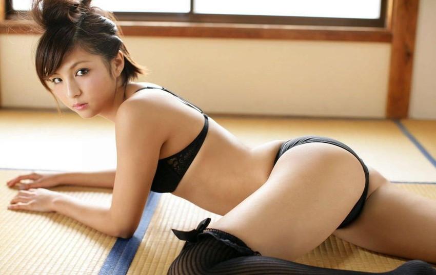 【黒下着エロ画像】美女の黒い下着姿のエロさは神wwwwww(50枚) 39