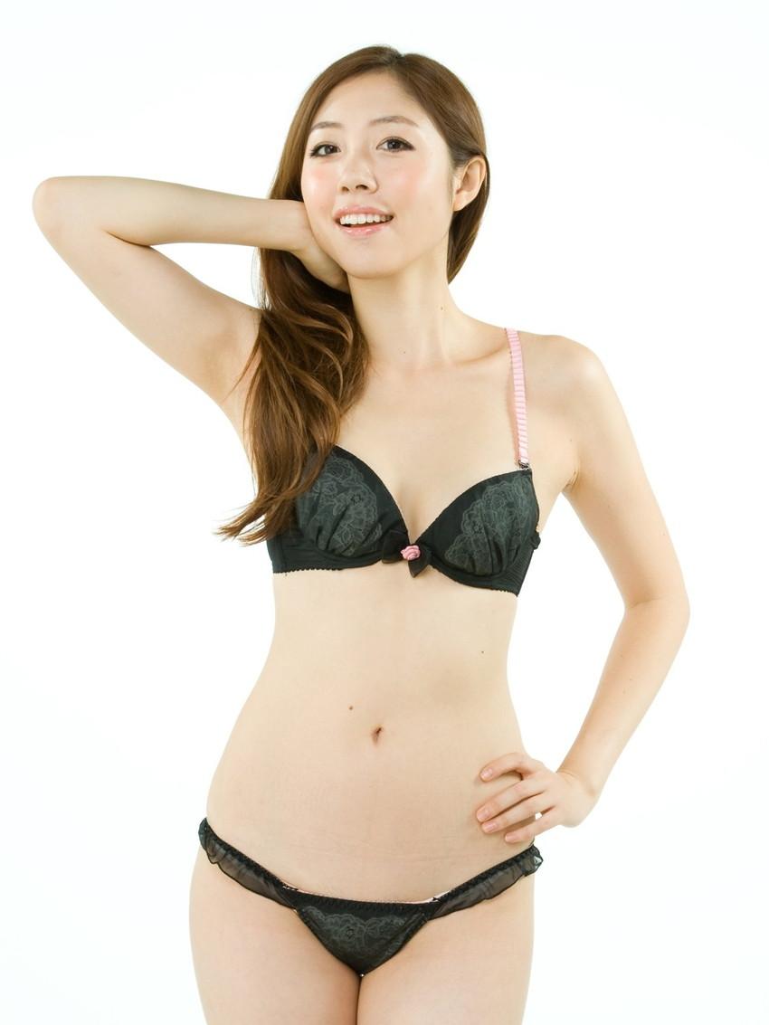 【黒下着エロ画像】美女の黒い下着姿のエロさは神wwwwww(50枚) 46