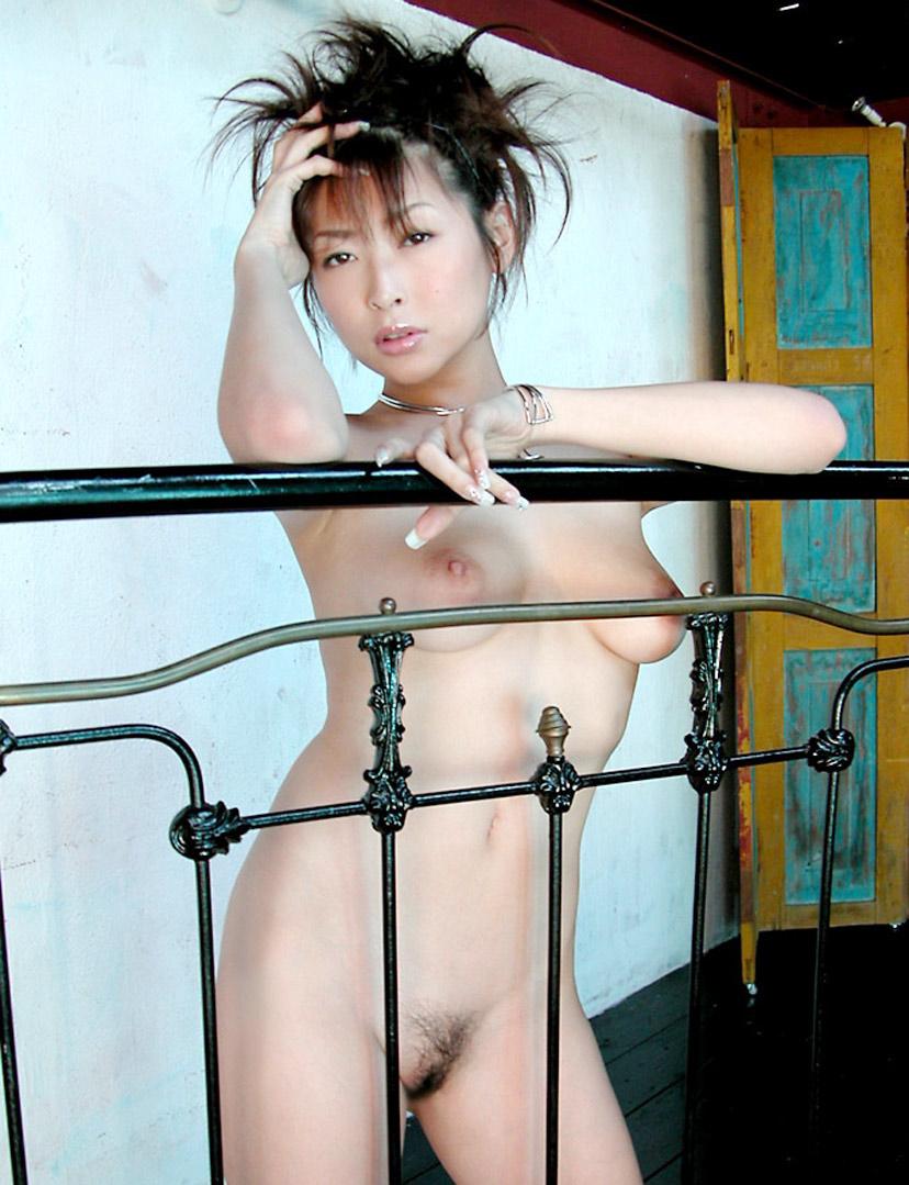 【ヌードエロ画像】大ブレイクした元AV女優、夏目ナナのエロ画像!(52枚) 23