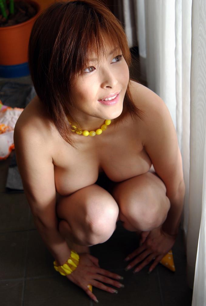 【ヌードエロ画像】大ブレイクした元AV女優、夏目ナナのエロ画像!(52枚) 25