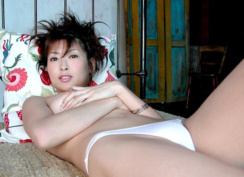 【ヌードエロ画像】大ブレイクした元AV女優、夏目ナナのエロ画像!(52枚) 37