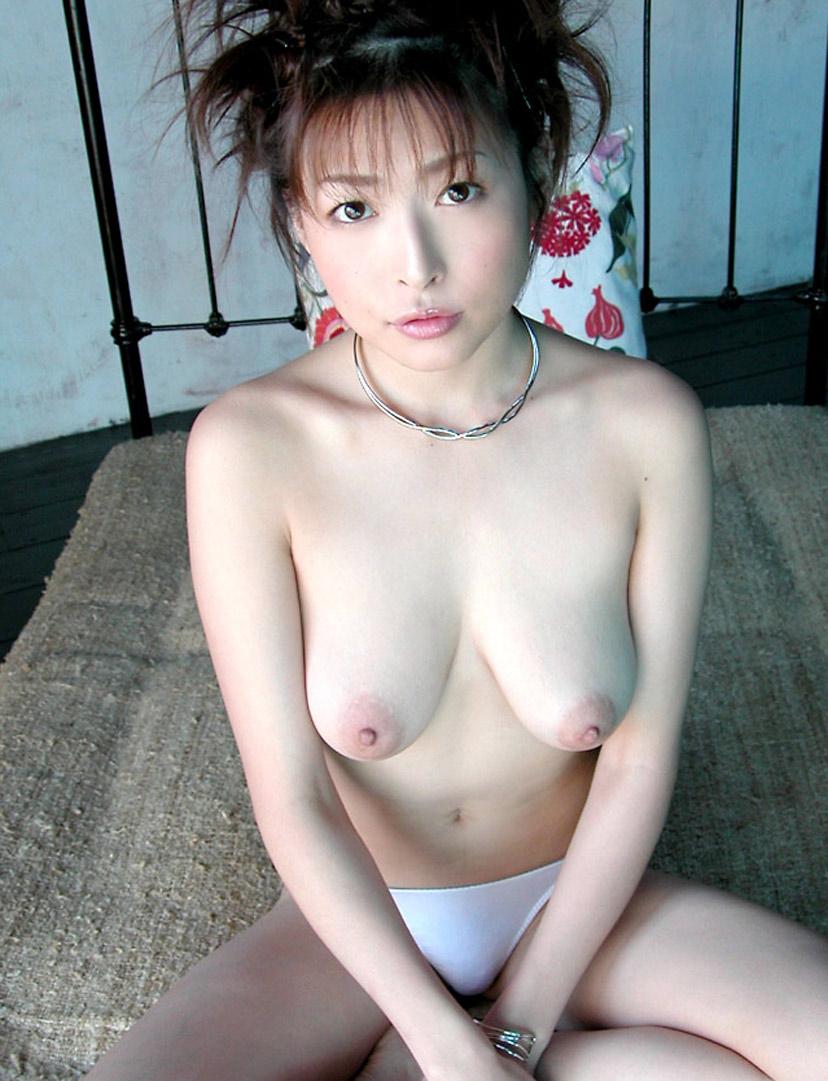 【ヌードエロ画像】大ブレイクした元AV女優、夏目ナナのエロ画像!(52枚) 44