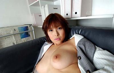 【ヌードエロ画像】大ブレイクした元AV女優、夏目ナナのエロ画像!(52枚) 05