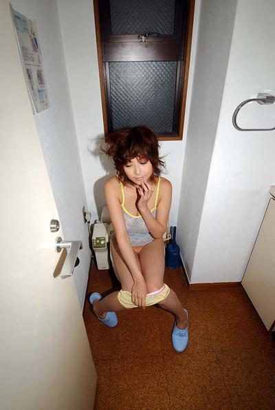 【ヌードエロ画像】大ブレイクした元AV女優、夏目ナナのエロ画像!(52枚) 07