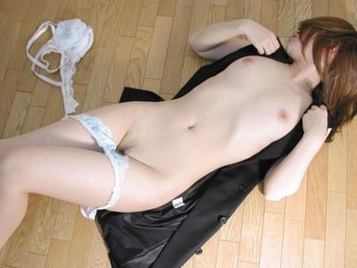【美白エロ画像】透明感抜群な色白美肌セクシー美女のエロ画像wwwwww(50枚) 35