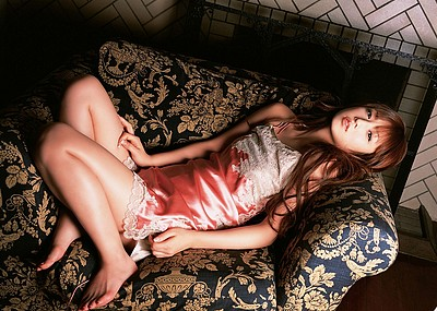 【グラビアエロ画像】ゆうこりんこと小倉優子のエロすぎるセクシー画像(50枚)