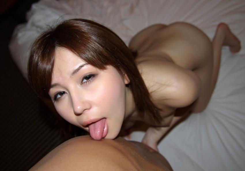 【全身リップエロ画像】男の身体を舐めまわす淫乱美女のエロ顔wwwww(51枚) 49