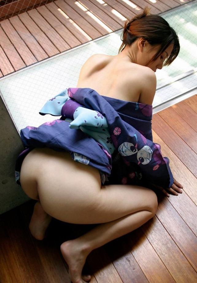 【浴衣エロ画像】美女の激エロ浴衣姿に欲情必至wwwwww(54枚) 19