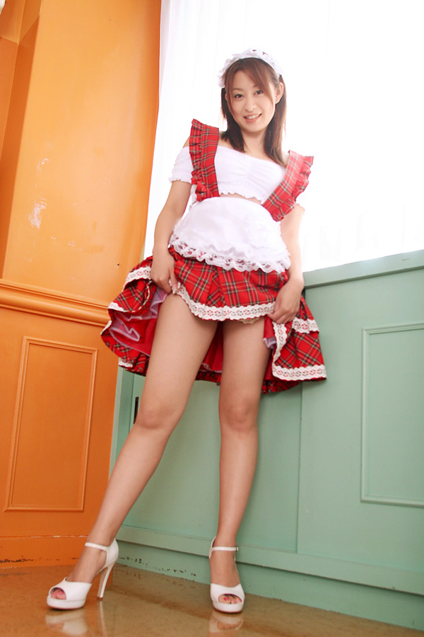 【ウェイトレスエロ画像】美少女ウェイトレスさんのサービス姿がエロ可愛いwww(50枚) 49