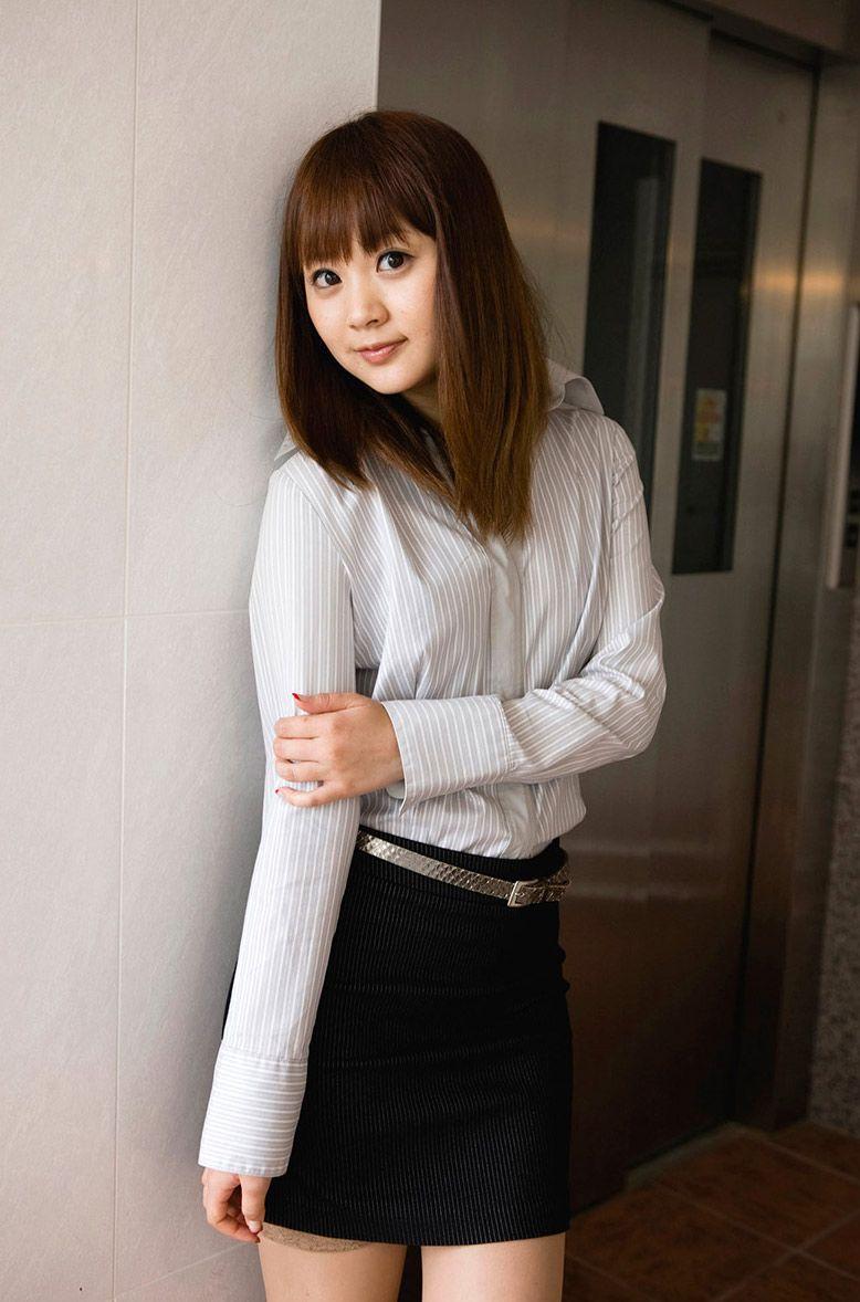 【グラビアエロ画像】はましょーこと浜田翔子のセクシー姿がガチで抜けるw(50枚) 12