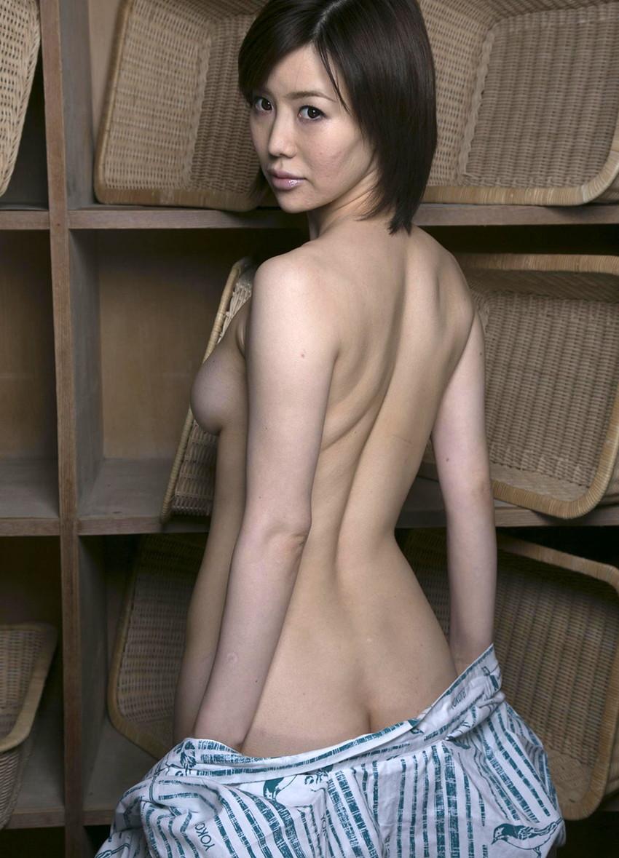 【熟女エロ画像】若妻ブームの火付け役!森ななこのGカップボディが色っぽいw(50枚) 27