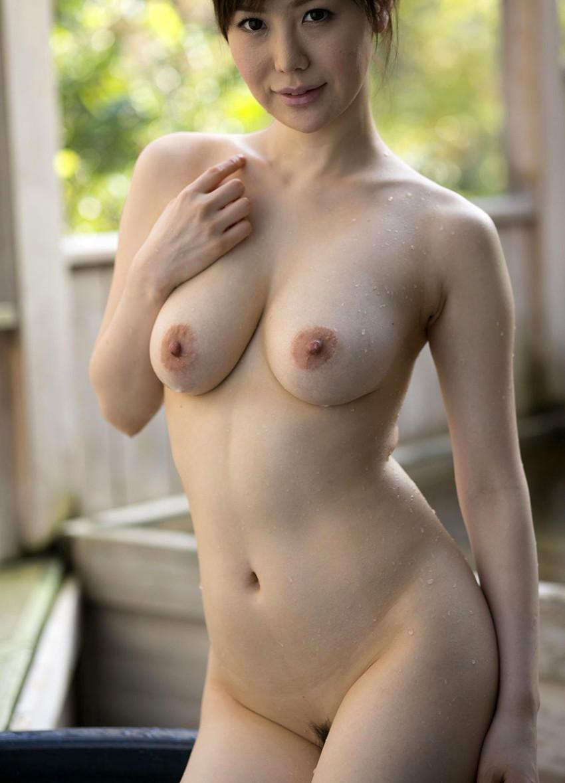 【熟女エロ画像】若妻ブームの火付け役!森ななこのGカップボディが色っぽいw(50枚) 40