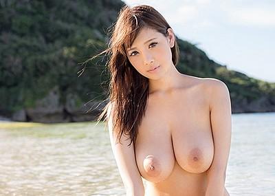【神乳エロ画像】Jカップ美巨乳が見応えありすぎ!RIONの神乳エロ画像!(50枚)