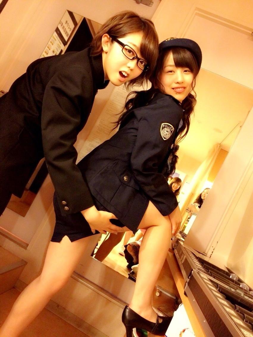 【コスプレエロ画像】美女の女性警察官姿が捕まりたくなるほどエロいw(52枚) 18