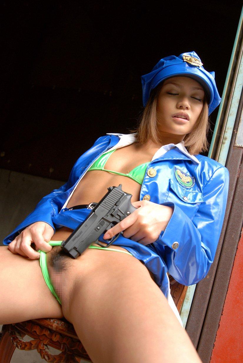 【コスプレエロ画像】美女の女性警察官姿が捕まりたくなるほどエロいw(52枚) 20