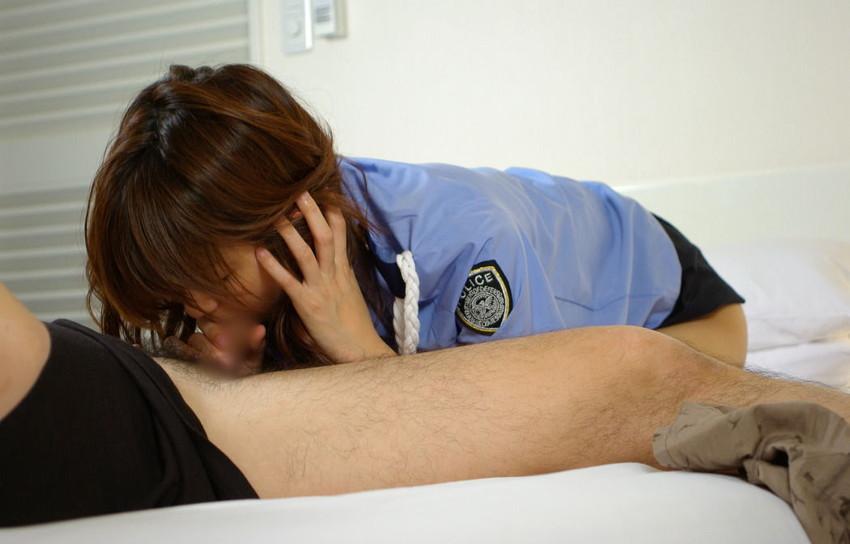 【コスプレエロ画像】美女の女性警察官姿が捕まりたくなるほどエロいw(52枚) 40