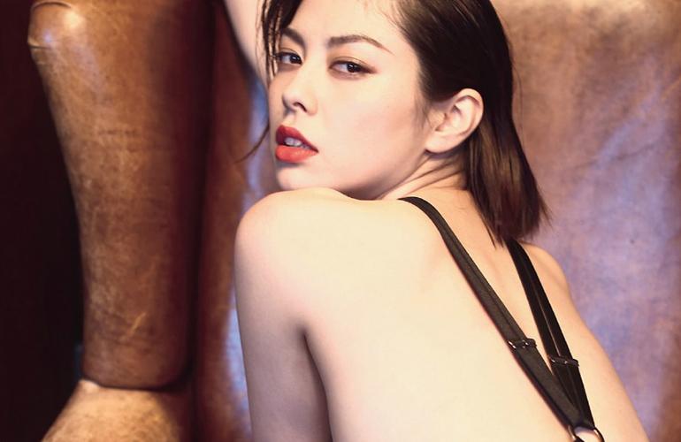 【ヌードエロ画像】人気モデル卯水咲流のセックスエロ画像(50枚) 29